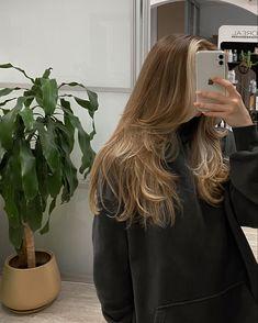 Brown Hair Balayage, Hair Highlights, Cut My Hair, Hair Cuts, Hair Color Ideas, Hair Inspo, Hair Inspiration, Medium Hair Styles, Curly Hair Styles