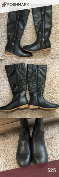 Maurice's zip up boots Worn once, look great! super cute boots Maurices Shoes Combat & Moto Boots