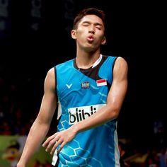 anybody want to his kiss? Badminton, Bias Wrecker, Dan, Tank Man, Kiss, Corner, Sports, Mens Tops, Hs Sports
