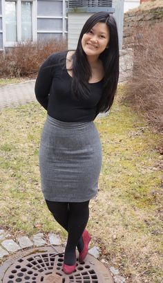 Wool pencil skirt, pattern Charlotte skirt from By Hand London, made by me Sophie