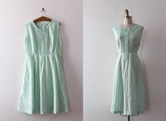 vintage 1950s dress // 50s green day dress