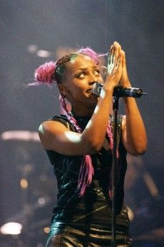 Skye Edwards Morcheeba