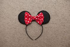 Mommy Minutes: Minnie Mouse Headband Tutorial