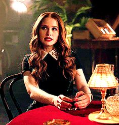 a storm of chaos named cheryl blossom Cheryl Blossom Riverdale, Riverdale Cheryl, Bughead Riverdale, Riverdale Memes, Cheryl Blossom Aesthetic, Riverdale Fashion, Riverdale Characters, Peaky Blinders, Showgirls