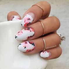 FALL FLORALS! Let me do your nails! Sign up by September 28th to get these wraps 💕 The link is in my bio!! I created each of these flowers by hand and I *cannot* wait to see them on you. As always, the wraps are limited edition and exclusive to the @goscratchit Monthly Mani Kit so make sure to sign up if you haven't already! And if you have, get excited because we'll start shipping them the first week of October! ✨
