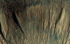 Impact crater in Terra Sirenum on Mars