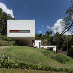 Casa 4.16.3 / Luciano Lerner Basso