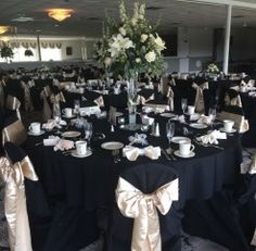 #anthonyslakeside #royalswanroom #blackandpink #wedding #reception #chaircovers