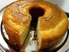 O Bolo de Limão Siciliano é fofinho, saboroso e tem um aroma delicioso. Faça para o lanche da sua família e encante a todos! Veja Também: Bolo de Limão com