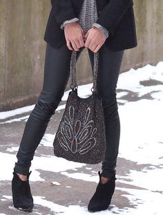 Sandal Lukis motif kembang .. exotic balinese hand painted ...