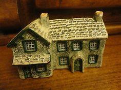 John Putnam's Heritage House Figurine  | eBay