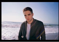 *AUDIO* New Robert Pattinson interview with Glamour Italy A Thousand Years, Robert Pattinson Dior, Jamie Campbell Bower, Most Beautiful Man, Beautiful People, Led Zeppelin, Kristen Stewart, Jamie Dornan, In Hollywood