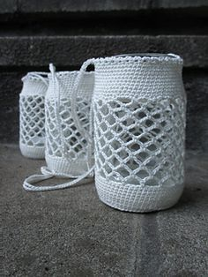 I designed a new version of my crocheted garden lights. The size is the same as the other one, you can use a jar of the same measurements.