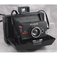 Vintage Polaroid The Reporter Folding Colorpack Land Camera 1977