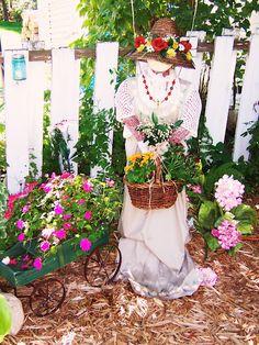 Feminine Scarecrow Inspiration