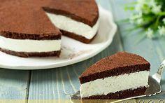 Torta fetta al latte Milk slice cake: Sweet Recipes, Cake Recipes, Dessert Recipes, Cupcakes, Cake Cookies, Cocoa Cake, Delicious Desserts, Yummy Food, Cooking Cake