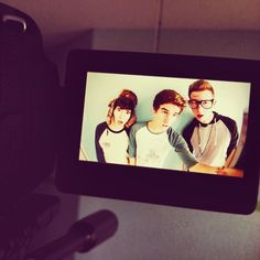 Jc Caylen, Connor Franta and Ricky Dillon <3 MY 3 FAVE OUT OF THEIR GROUP/COLAB CHANNEL/FRIENDS!!!!!