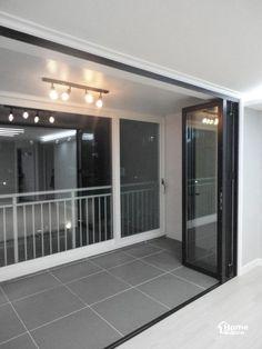 32py 리모델링 대전 동구 성남동 효촌마을 30평대 아파트 인테리어홈데코 인테리어입니다:] 오늘 소개해드... Small Balcony Decor, Ethnic Home Decor, Basement Apartment, Home Interior Design, Bedroom Decor, New Homes, House Design, Living Room, Furniture