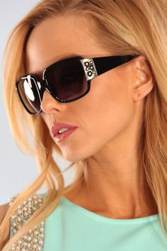 BLACK SILVER OVER-SIZED SQUARE FRAME SUNGLASSES