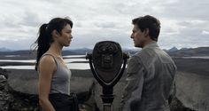 Oblivion story featurette with new images of sci-fi with Tom Cruise  Olga Kurylenko