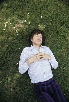 Mick Jagger in France, 8 May 1971. Photo: Patrick Lichfield.