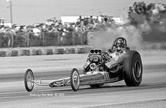 Watus Simpson full on in the lights in Vance Hunt's fueler at Bakersfield Top Fuel, Old Race Cars, Drag Cars, Drag Racing, Good Old, Bikers, Ali, Retro Vintage, Nostalgia