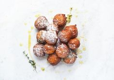 Orange ricotta doughnuts with honey and thyme - Inside The Rustic Kitchen Breakfast Pastries, Breakfast Bake, Italian Breakfast, Rustic Kitchen, Doughnuts, Ricotta, Serving Plates, Food Festival, Fritters