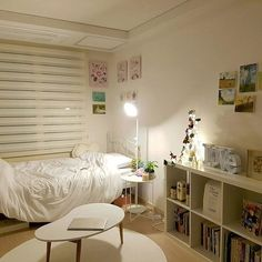 Stylish Dorm Rooms (and s!) to Inspire Your Fall Look ... on small bedroom makeover ideas, small bedroom with daybed, bedroom ideas for women on a budget, small bedroom redo, small romantic bedrooms, small kitchen design ideas on a budget, small bedroom ideas for couples, small bedroom ideas diy, small bedroom wall decor, small bathroom design on a budget, small bedroom layout, small bathroom remodeling ideas on a budget, bedroom furniture on a budget, small bedroom inspiration, designer bedrooms on a budget, small bedroom window treatments, small bedroom ideas for teens, small bedroom remodeling ideas, romantic bedrooms on a budget, small bedroom design,