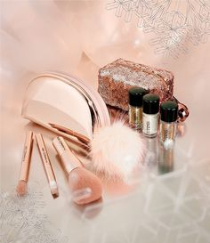 MAC Snowball Holiday Kits Minis
