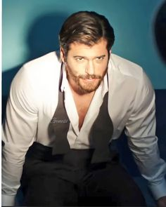 Vanity Fair Italia, Turkish Men, Wattpad, Beautiful Men, Hot Guys, Tv Shows, Photoshoot, Actors, Celebrities