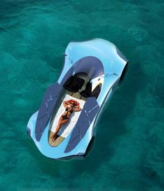 Aesophic: an amphibious luxury vehicle on Industrial Design Served