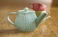 Petal Teapot in Mint or Sapphire ~ Roseberry-Winn Pottery ( www. Pottery Teapots, Ceramic Teapots, Granny Chic, Teapots And Cups, Chocolate Pots, My Tea, Vintage Tea, Drinking Tea, Tea Set