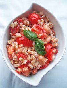 insalata di farro. Fresca, colorata e nutriente, perfetta per l'estate!