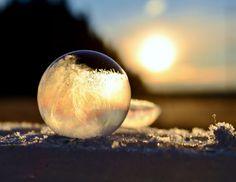 close ups of frozen soap bubbles angela kelly macro (11)