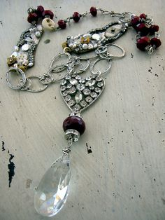 """Long necklace with vintage rhinestone heart centerpiece, ruby quartz… Crystal Jewelry, Wire Jewelry, Jewelry Art, Beaded Jewelry, Unique Jewelry, Vintage Jewelry, Jewelry Accessories, Jewelry Necklaces, Jewelry Design"