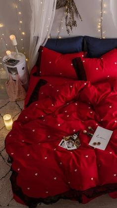 Red Bedspread, Lace Bedding, Cotton Bedding Sets, Red Bedding Sets, Red Bedroom Design, Bedroom Red, Room Ideas Bedroom, Red Room Decor, Dreams Beds