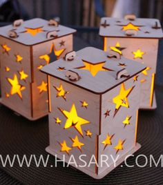 Laser Cut Wood Craft Star Tealight Lamps - could do with leafs or snowflakes Laser Cut Lamps, Laser Cut Wood, Laser Cutting, Laser Cutter Ideas, Laser Cutter Projects, Wood Projects, Woodworking Projects, Projects To Try, Woodworking Shop