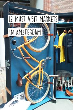 We love visiting and shopping at markets, you too? Go to these 12 markets in Amsterdam for the best food, clothes and so much more. Amsterdam Market, Amsterdam City Guide, Visit Amsterdam, Amsterdam Travel, Amsterdam Itinerary, European Vacation, European Travel, Travel Europe, Medan