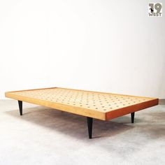 Neu bei 19 West Furniture: Daybed | 1950's | www.19west.de #19west #vintage #retro #modernism #fifties #furniture