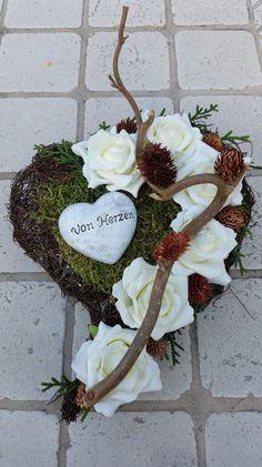 Valentines Flowers, Valentine Wreath, Vintage Valentines, Valentine Day Gifts, Cemetery Decorations, Flower Quotes, Diy Dress, Grapevine Wreath, Funeral