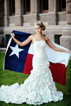 bride with Texas flag...absolutely looooove this!!