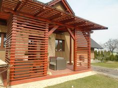 Fotoblog uživatelky kmaty | Modrastrecha.cz Deck With Pergola, Pergola Patio, Outdoor Spaces, Outdoor Living, Outdoor Decor, Diy Privacy Fence, Terrace Decor, Backyard Seating, House With Porch