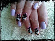 Manicure hybrydowy - ombre z palemkami