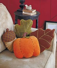 Shaped Fall Pillows in earth tones are perfect for autumn decorating. They add a bit of the splendor of the season to a sofa, chair or bedroom. Fall Pillows, Cute Pillows, Toss Pillows, Accent Pillows, Applique Pillows, Pumpkin Pillows, Throw Cushions, Diy Pillows, Fall Bedroom Decor