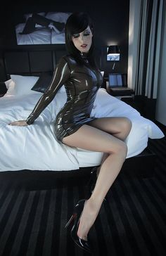 A as you like ...?, Blonde, brunette, redhead, shaved, bushy shaggy? To me it's just hot, humid, and willingly accept my banana. The driller of Trapani oh, to become a girl.....in latex