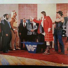 Hulk Pipers Pit Wrestling Superstars, Wrestling Divas, People's Court, Roddy Piper, Wwe Wallpapers, Hulk Hogan, Wwe Wrestlers, Professional Wrestling, Mma