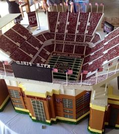PHOTO: A Groom's Cake That Would Make Any Texas A&M Fan Proud | FatManWriting