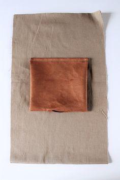 DIY tutorial backpack- DIY-Tutorial Rucksack DIY Tutorial Rolltop Backpack with Spoonflower Fabric - Mochila Tutorial, Pouch Tutorial, Diy Tutorial, Basic Crochet Stitches, Crochet Basics, Diy Bags No Sew, Easter Fabric, Diy Backpack, Backpack Pattern