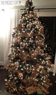 Burlap Christmas ideas & inspirations