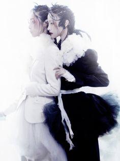 """Noir et Blanc"". Park Ji Hye & Kim Sung Hee by Lee Gun Ho for Vogue Korea January 2013"